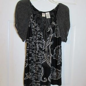 Bila Black & White Floral Outlined In Sequins XL